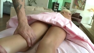 Babe acquires salacious drilling untill jizz flow spews on her twat